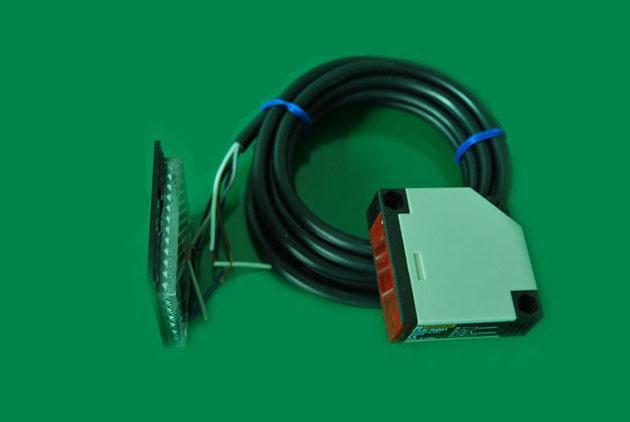 E3JKR4-M1风淋室光电开关