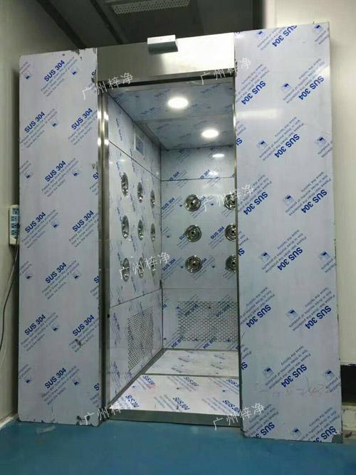 内置自动门风淋室图片